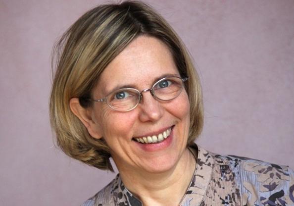 Ursula Flatters Vidarkliniken tilldelas Humanism & Kunskaps Diplom med priset Universe Globe 2015