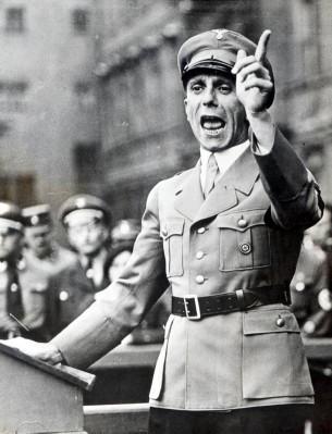 08-Das-war-Goebbels-2-305x399